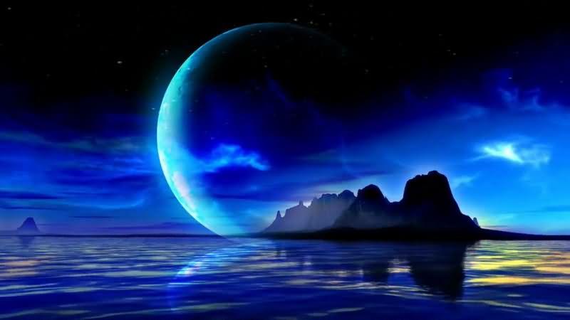 蓝色的湖水满月夜空.jpg