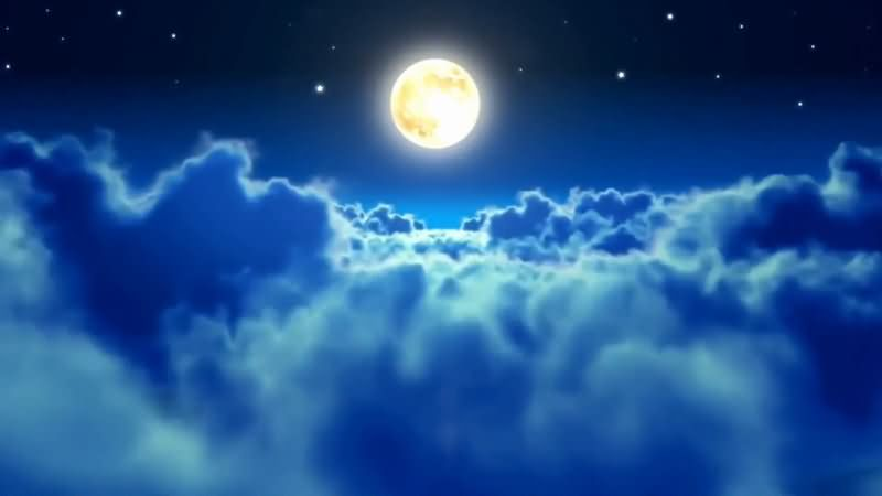 蓝色的夜空云层穿梭.jpg