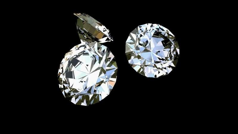 三颗旋转闪亮的钻石.jpg
