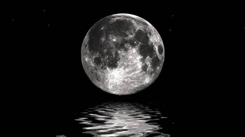 绿屏抠像银色的满月.jpg