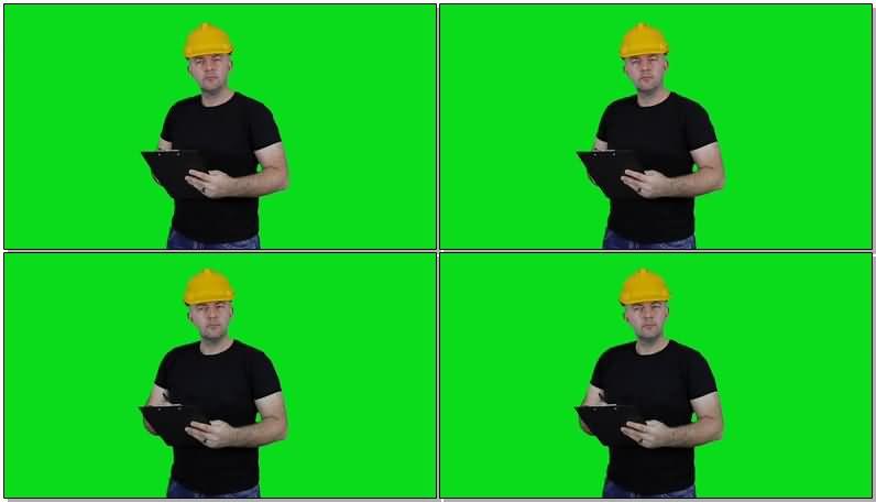 绿屏抠像工作的工程师.jpg