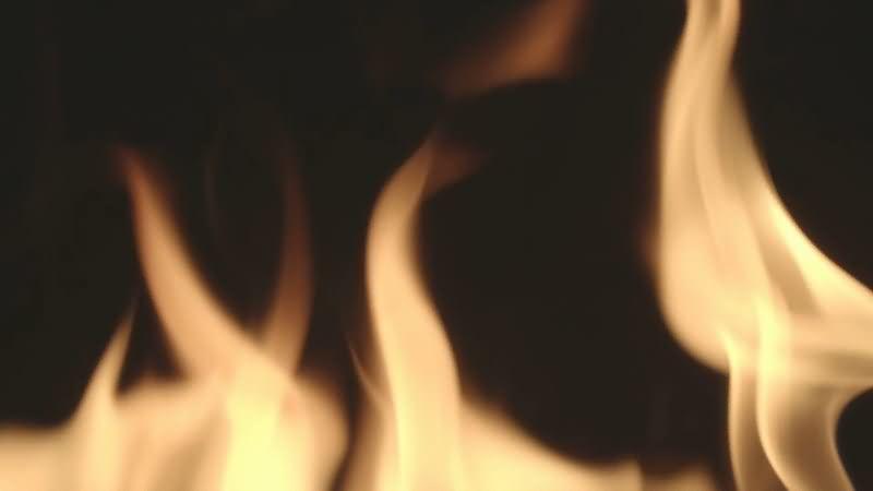 [4K]燃烧的火焰火苗.jpg