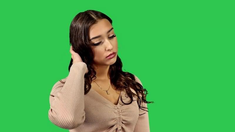 绿幕视频素材美女